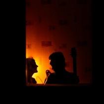 Сквозь окно - Тамара и Роман