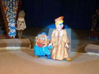 Шоу кукольных голов